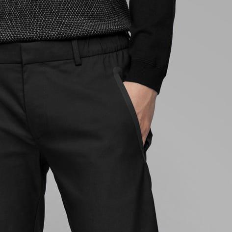 BOSS Golf Trousers - Rogan 4 Tech Chino - Black PS20