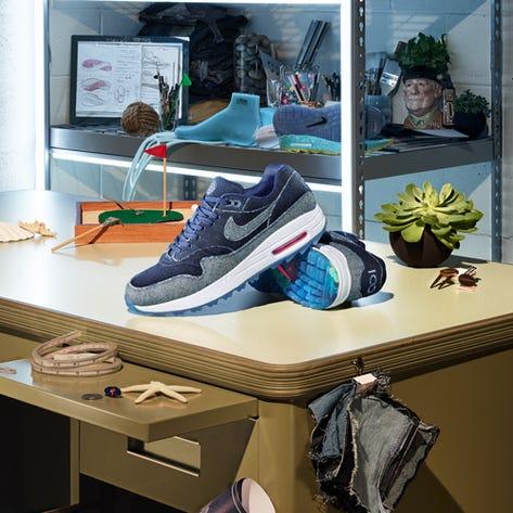 Nike Golf Shoes - Air Max 1 G - No Denim Allowed NRG AW19