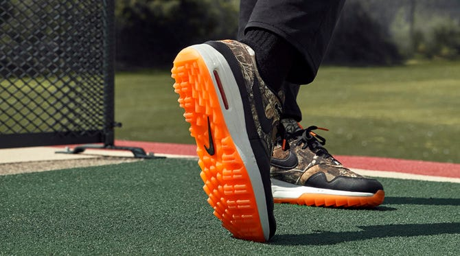 Nike Realtree Golf Shoes   Camouflage Air Max 1 G